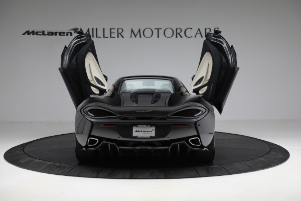 New 2018 McLaren 570S Spider for sale Sold at Pagani of Greenwich in Greenwich CT 06830 25