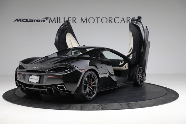 New 2018 McLaren 570S Spider for sale Sold at Pagani of Greenwich in Greenwich CT 06830 26