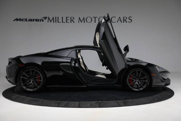 New 2018 McLaren 570S Spider for sale Sold at Pagani of Greenwich in Greenwich CT 06830 27