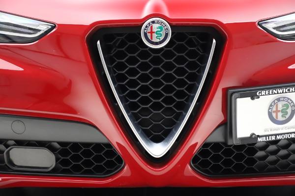 Used 2018 Alfa Romeo Stelvio Sport Q4 for sale Sold at Pagani of Greenwich in Greenwich CT 06830 13