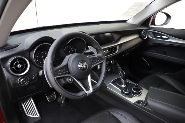 Used 2018 Alfa Romeo Stelvio Sport Q4 for sale Sold at Pagani of Greenwich in Greenwich CT 06830 17