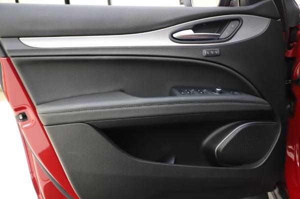 Used 2018 Alfa Romeo Stelvio Sport Q4 for sale Sold at Pagani of Greenwich in Greenwich CT 06830 18