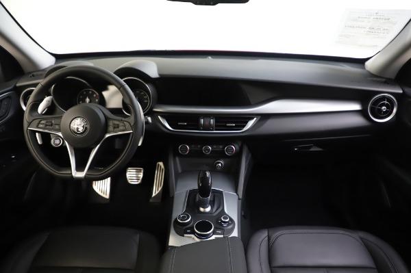 Used 2018 Alfa Romeo Stelvio Sport Q4 for sale Sold at Pagani of Greenwich in Greenwich CT 06830 28