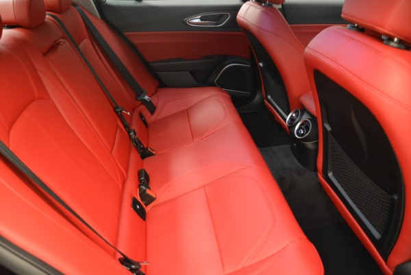 New 2018 Alfa Romeo Giulia Q4 for sale Sold at Pagani of Greenwich in Greenwich CT 06830 23