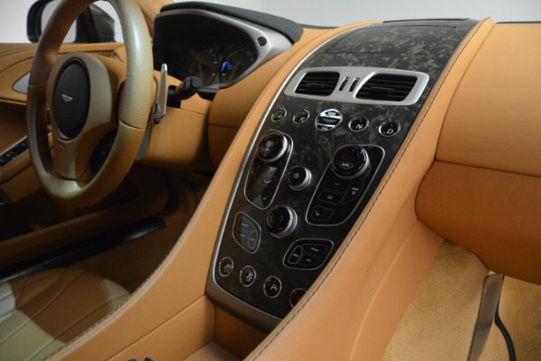 Used 2018 Aston Martin Vanquish S Coupe for sale Sold at Pagani of Greenwich in Greenwich CT 06830 19