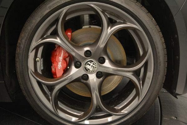 New 2018 Alfa Romeo Giulia Q4 for sale Sold at Pagani of Greenwich in Greenwich CT 06830 25
