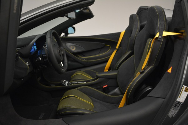 Used 2019 McLaren 570S Spider Convertible for sale $189,990 at Pagani of Greenwich in Greenwich CT 06830 24
