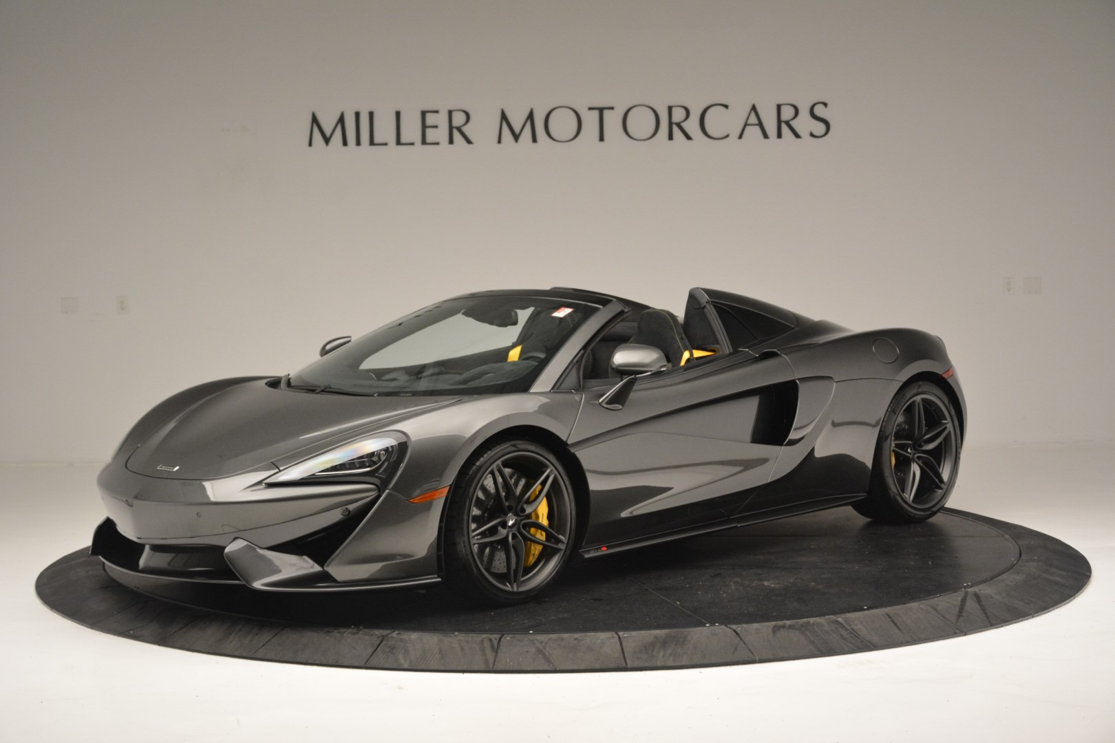 Used 2019 McLaren 570S Spider Convertible for sale $189,990 at Pagani of Greenwich in Greenwich CT 06830 1