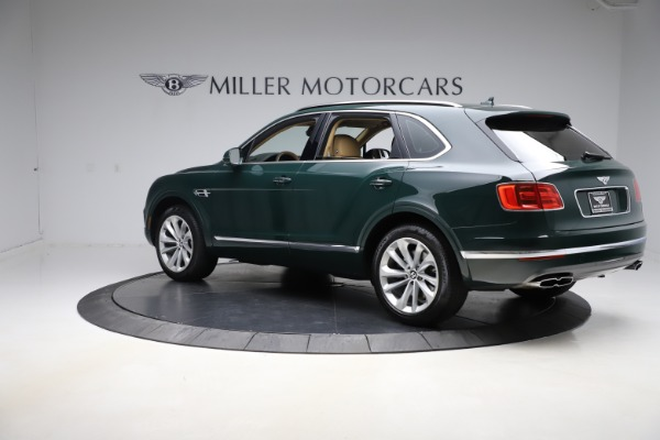 Used 2019 Bentley Bentayga V8 for sale $163,900 at Pagani of Greenwich in Greenwich CT 06830 4