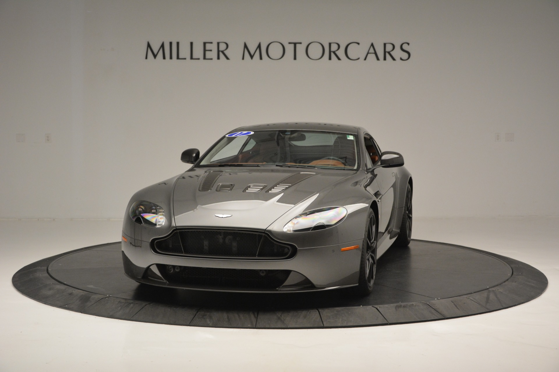 Used 2017 Aston Martin V12 Vantage S for sale Sold at Pagani of Greenwich in Greenwich CT 06830 1
