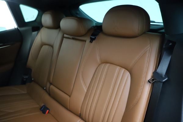 Used 2019 Maserati Levante Q4 GranLusso for sale Sold at Pagani of Greenwich in Greenwich CT 06830 18