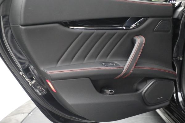 Used 2019 Maserati Quattroporte S Q4 GranLusso for sale $69,900 at Pagani of Greenwich in Greenwich CT 06830 25