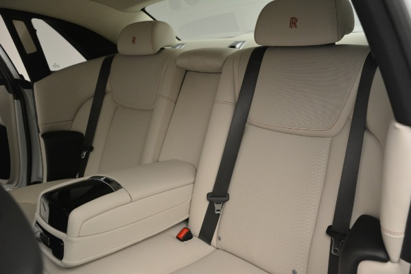 Used 2019 Rolls-Royce Ghost for sale $298,900 at Pagani of Greenwich in Greenwich CT 06830 21