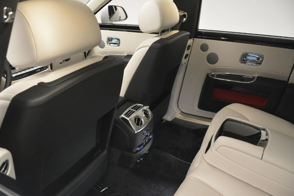 Used 2019 Rolls-Royce Ghost for sale $298,900 at Pagani of Greenwich in Greenwich CT 06830 22
