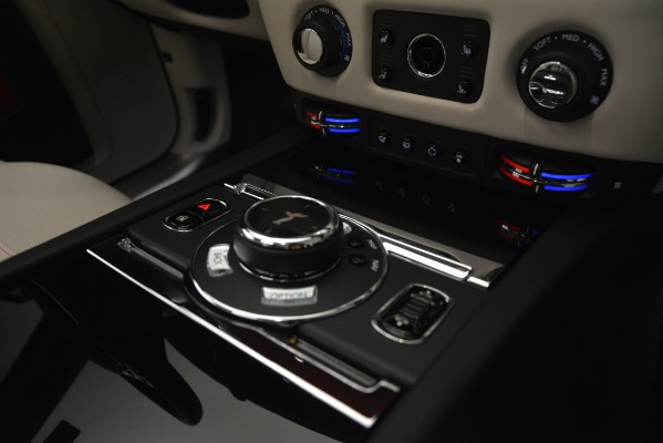 Used 2019 Rolls-Royce Ghost for sale $298,900 at Pagani of Greenwich in Greenwich CT 06830 23