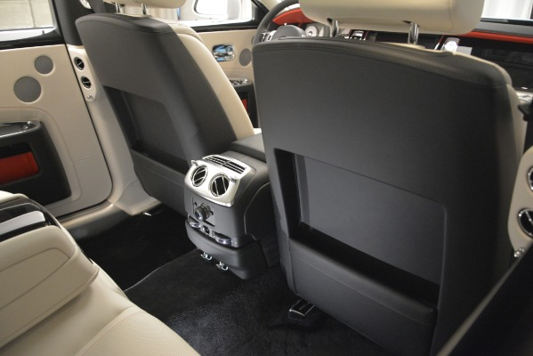 Used 2019 Rolls-Royce Ghost for sale $298,900 at Pagani of Greenwich in Greenwich CT 06830 25