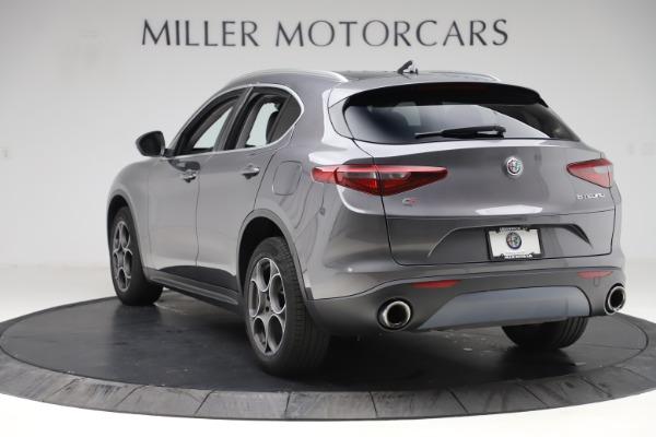 Used 2019 Alfa Romeo Stelvio Q4 for sale Sold at Pagani of Greenwich in Greenwich CT 06830 5