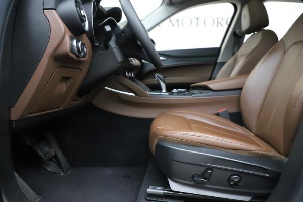 Used 2019 Alfa Romeo Stelvio Q4 for sale Sold at Pagani of Greenwich in Greenwich CT 06830 14