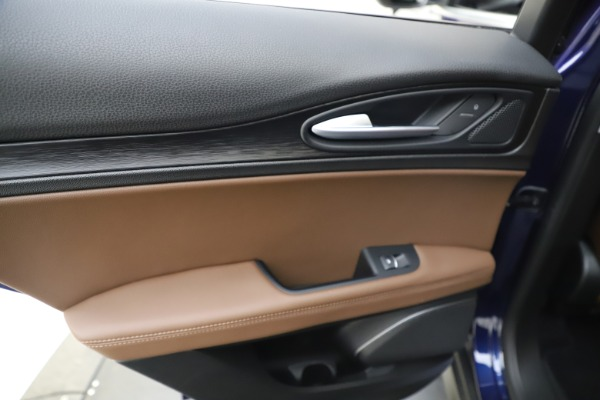 Used 2019 Alfa Romeo Stelvio Q4 for sale Sold at Pagani of Greenwich in Greenwich CT 06830 21