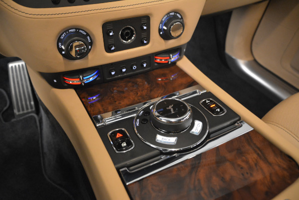 Used 2018 Rolls-Royce Ghost for sale Sold at Pagani of Greenwich in Greenwich CT 06830 18
