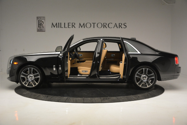 Used 2018 Rolls-Royce Ghost for sale Sold at Pagani of Greenwich in Greenwich CT 06830 3