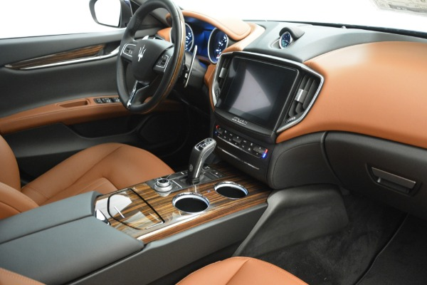 Used 2019 Maserati Ghibli S Q4 for sale $57,900 at Pagani of Greenwich in Greenwich CT 06830 21