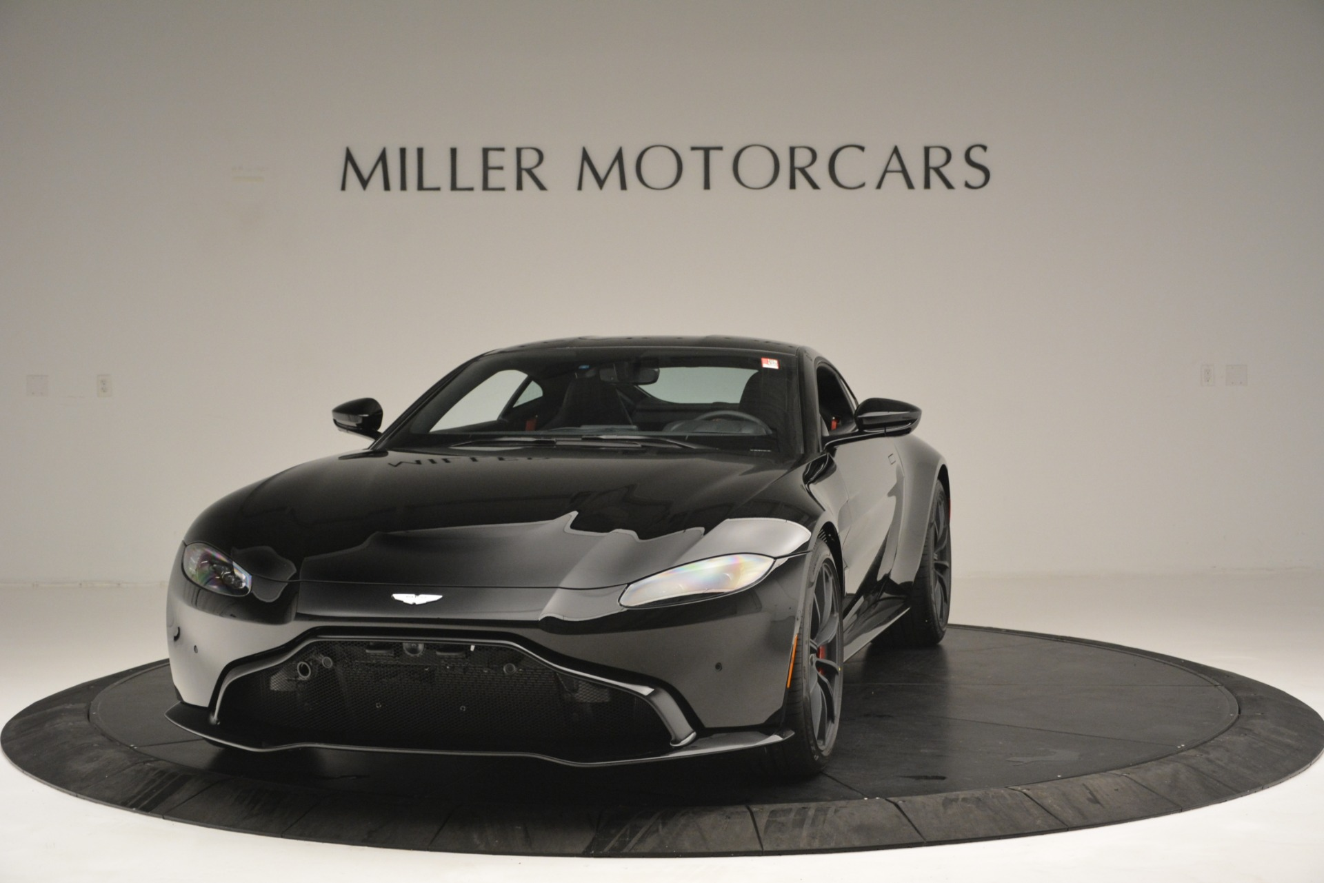 New 2019 Aston Martin Vantage for sale Sold at Pagani of Greenwich in Greenwich CT 06830 1