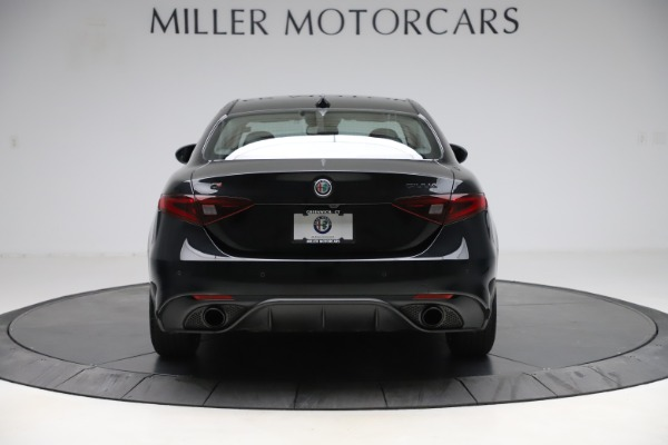 Used 2019 Alfa Romeo Giulia Sport Q4 for sale Sold at Pagani of Greenwich in Greenwich CT 06830 6
