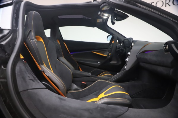 Used 2019 McLaren 720S Performance for sale $245,900 at Pagani of Greenwich in Greenwich CT 06830 20