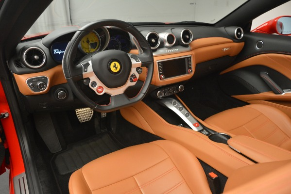 Used 2016 Ferrari California T Handling Speciale for sale Sold at Pagani of Greenwich in Greenwich CT 06830 24