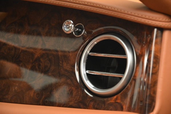Used 2016 Bentley Flying Spur W12 for sale Sold at Pagani of Greenwich in Greenwich CT 06830 21