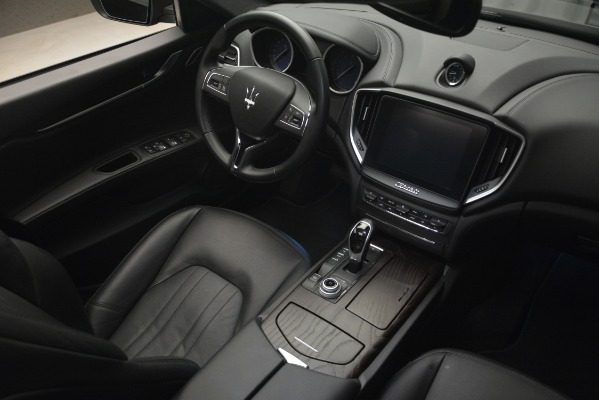 Used 2018 Maserati Ghibli S Q4 for sale Sold at Pagani of Greenwich in Greenwich CT 06830 19