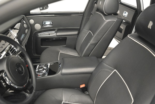 Used 2014 Rolls-Royce Ghost V-Spec for sale Sold at Pagani of Greenwich in Greenwich CT 06830 17