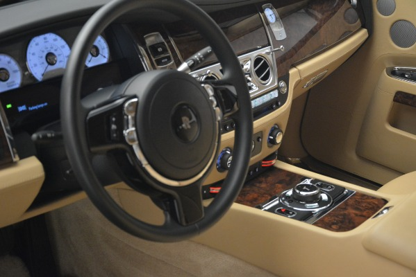 Used 2014 Rolls-Royce Ghost for sale Sold at Pagani of Greenwich in Greenwich CT 06830 14