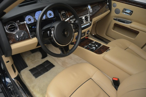 Used 2014 Rolls-Royce Ghost for sale Sold at Pagani of Greenwich in Greenwich CT 06830 15