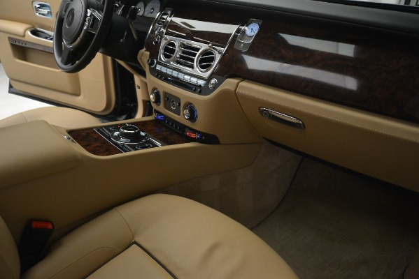Used 2014 Rolls-Royce Ghost for sale Sold at Pagani of Greenwich in Greenwich CT 06830 26
