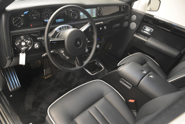 Used 2014 Rolls-Royce Phantom for sale Sold at Pagani of Greenwich in Greenwich CT 06830 15