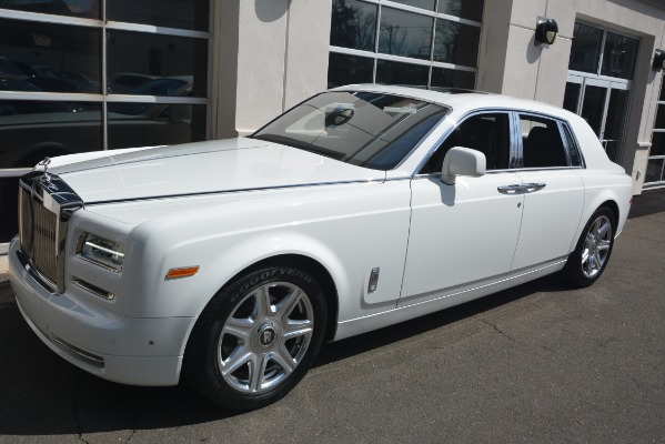 Used 2014 Rolls-Royce Phantom for sale Sold at Pagani of Greenwich in Greenwich CT 06830 3