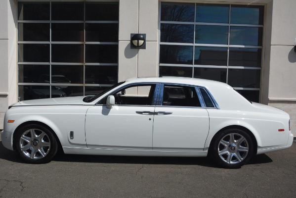 Used 2014 Rolls-Royce Phantom for sale Sold at Pagani of Greenwich in Greenwich CT 06830 4