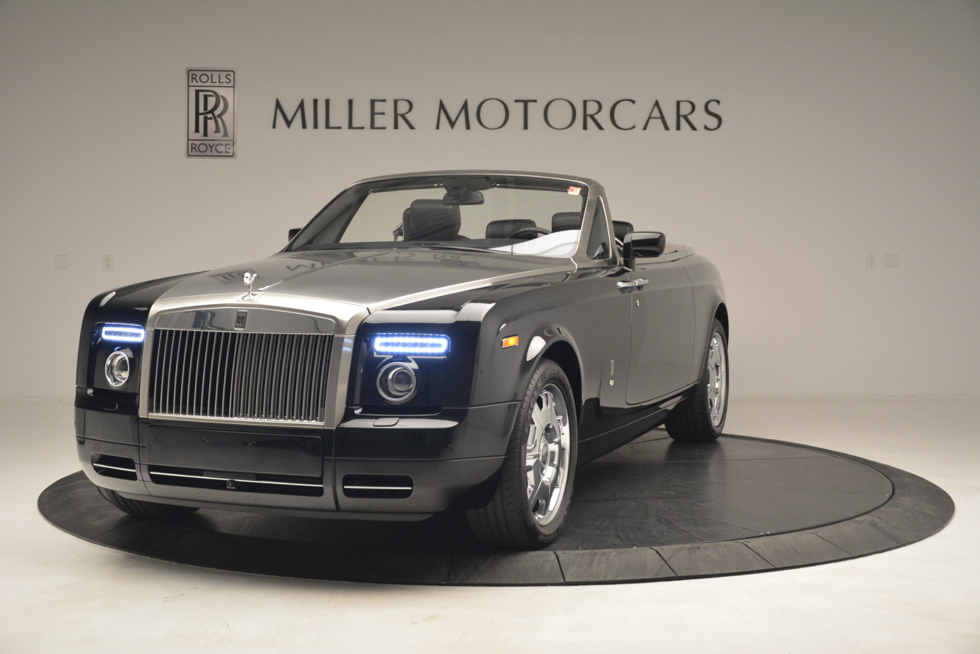 Used 2008 Rolls-Royce Phantom Drophead Coupe for sale Sold at Pagani of Greenwich in Greenwich CT 06830 1