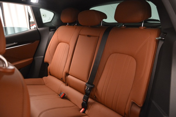 New 2019 Maserati Levante Q4 for sale $59,900 at Pagani of Greenwich in Greenwich CT 06830 17