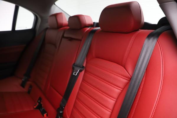 New 2019 Alfa Romeo Giulia Ti Sport Q4 for sale Sold at Pagani of Greenwich in Greenwich CT 06830 18