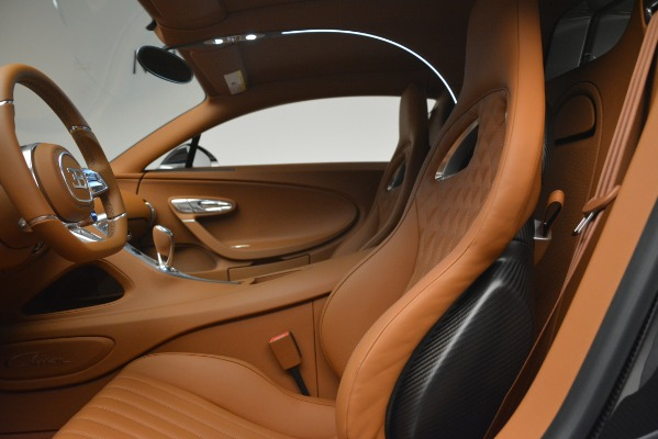 Used 2019 Bugatti Chiron for sale $3,100,000 at Pagani of Greenwich in Greenwich CT 06830 20