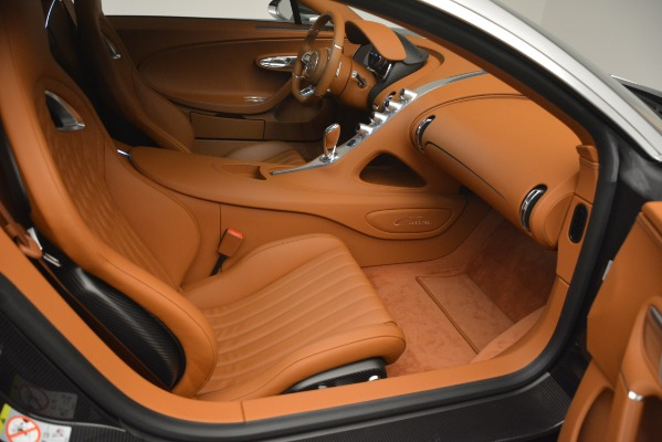 Used 2019 Bugatti Chiron for sale $3,100,000 at Pagani of Greenwich in Greenwich CT 06830 25