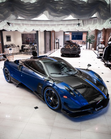 Used 2017 Pagani Huayra BC Macchina Volante for sale Call for price at Pagani of Greenwich in Greenwich CT 06830 4
