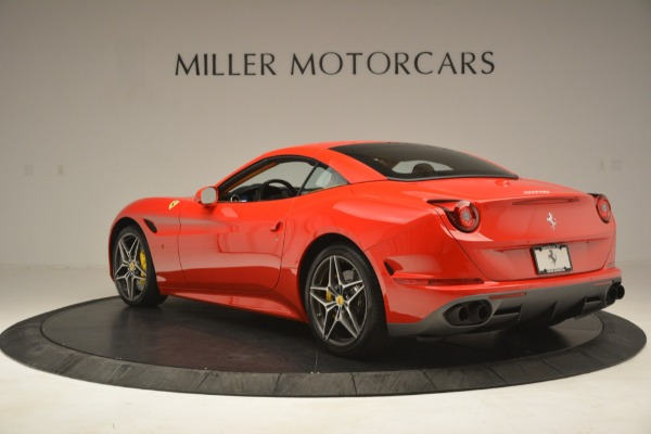 Used 2017 Ferrari California T Handling Speciale for sale $174,900 at Pagani of Greenwich in Greenwich CT 06830 15