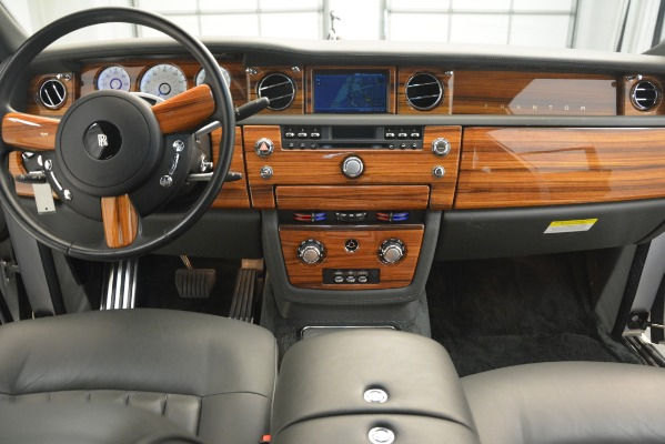 Used 2007 Rolls-Royce Phantom for sale Sold at Pagani of Greenwich in Greenwich CT 06830 23