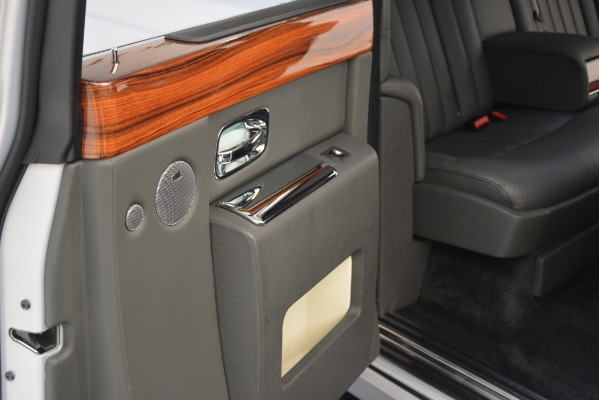 Used 2007 Rolls-Royce Phantom for sale Sold at Pagani of Greenwich in Greenwich CT 06830 27