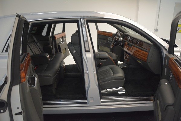 Used 2007 Rolls-Royce Phantom for sale Sold at Pagani of Greenwich in Greenwich CT 06830 28