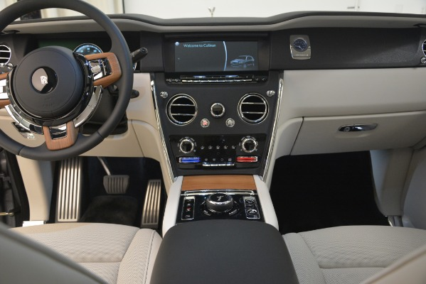 New 2019 Rolls-Royce Cullinan for sale Sold at Pagani of Greenwich in Greenwich CT 06830 24